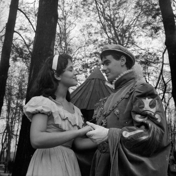 Snow White (Marija Benko) and the Prince (Danilo Benedičič), who appeared in the children's fairy tale Snow White (written by Pavel Golia, directed by Mile Korun, premiered at the Slovene National Theatre SNG Drama on 29 November 1959). Performed by actors from Ljubljana Drama in Tivoli Park, Ljubljana, 1959.